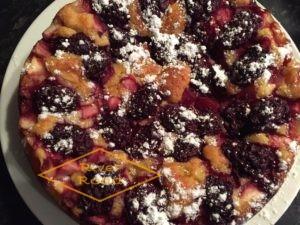Fruity Dessert Cake
